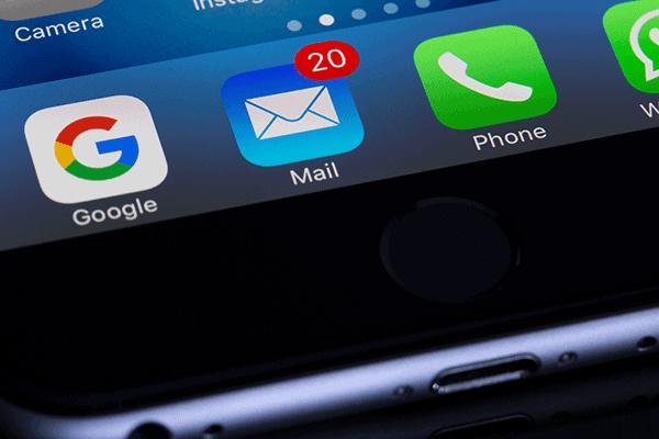Email marketing kun je gebruiken om de klanten opnieuw te laten bestellen